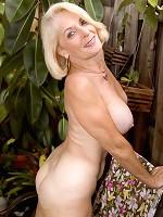 Georgette Naughtymag 30